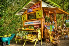 Kick-ass small-scale farm stand - I love the colors! So cheery! Would be an awesome summer job, selling fruits & veggies and blending up smoothies. I can see this near a beach, park or business area