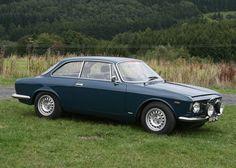 1964 Alfa Romeo Giulia Sprint GT Tulip Rally Bluette Grass
