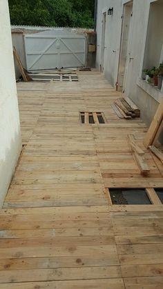 Diy Patio Pallet Floor