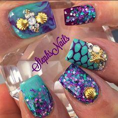 cool Stephanie Rochester @_stephsnails_ Instagram photo | Websta Classy Nails, Fancy Nails, Pretty Nails, Nail Art Designs, Acrylic Nail Designs, Sea Nails, Nautical Nails, Chevron Nails, Mermaid Nails