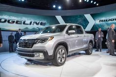 5 Things to Know about the 2017 Honda Ridgeline - We learned more about the 2017 Honda Ridgeline at its debut at the 2016 Detroit auto show.