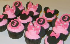 Minnie+Mouse+Fondant+Cupcake+Package+by+CupcakesCentral+on+Etsy,+$20.00
