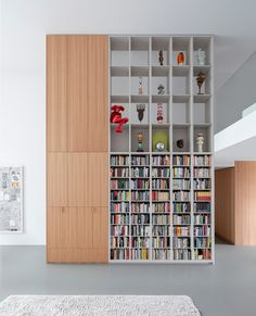 i29 designs Amsterdam home around owner's extensive art collection. Amsterdam Apartment, Amsterdam Houses, Amsterdam Netherlands, Apartment Interior, Apartment Design, Loft Spaces, Storage Spaces, Open Plan Apartment, Minimal Home