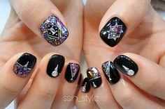 New nails art black strass Ideas Fall Nail Designs, Nail Polish Designs, Pink Nails, Glitter Nails, Different Nail Shapes, Gothic Nails, Finger Nail Art, Nail Photos, Strong Nails