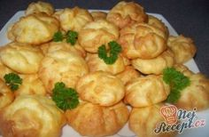 Duchess potatoes - a great accompaniment to meat dishes Healthy Eating Tips, Healthy Recipes, Ital Food, Duchess Potatoes, How To Cook Potatoes, Food Design, Food Dishes, Food To Make, Vegetable Drinks