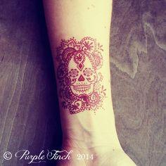 Temporary Henna Tattoo Sugar Skull Day of the Dead Día de los Muertos ($7.50) ❤ liked on Polyvore featuring tattoos