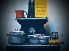 dollhouse cooking pots - avliable at my etsy store #lillywitchhollow
