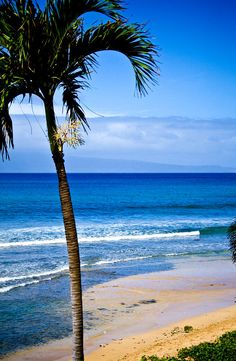 ✮ Kaanapali Beach - Maui - Another place I've been to that I wouldn't mind going back to.