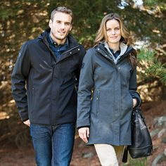 The Elkpoint Softshell Jacket is 95% polyester/5% spandex woven bounded to 100% polyester microfleece, and is available in both men's and women's cuts. This autumn jacket comes with a detachable zip-off contour hood with drawcord and exteriour cordlocks. Available in black and charcoal mix, the Elkpoint Softshell Jacket is perfect for any corporate setting as well as on the golf course.
