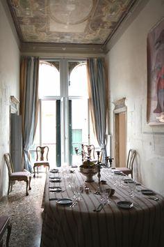 Venetian dining room, narrow but beautiful