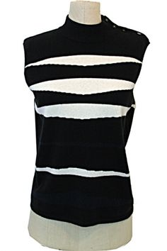 The Turnabout Shoppe Chanel 02C Sweater