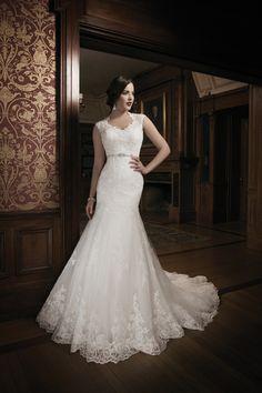 Best Designer Wedding Dresses - Vera Wang & more (BridesMagazine.co.uk) (BridesMagazine.co.uk)#!photo971266
