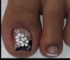 Key, Nails, Crochet, Beauty, Pretty Pedicures, Eye Liner, Nail Ideas, Pretty Toe Nails, Simple Toe Nails