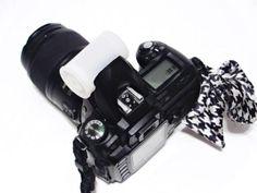 Come realizzare il proprio diffusore flash per fotocamera #accuratamente #acuto #appiccicoso #autunno #ball #bordeggiare #camera #carefully #collegare #connect #cuts #cutting #fall #fits #flash #horizontal #keen #marchio #mark #nicely #orizzontale #palla #piacevolmente #siadatta #sticky #tack #tagli #taglio #telecamera #veloce Binoculars, Apple Watch, Smart Watch, Photo Editing, Photo And Video, Diy, Filters, Connect, Editing Photos