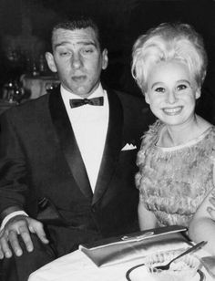 Reggie Kray & Barbara Windsor Real Gangster, Mafia Gangster, Barbara Windsor, Barbara Ann, The Krays, London Pride, Life Of Crime, Iconic Photos, Marlon Brando