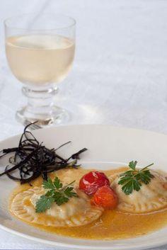 Appunti di cucina di Rimmel: Ravioloni con pescatrice e melanzane