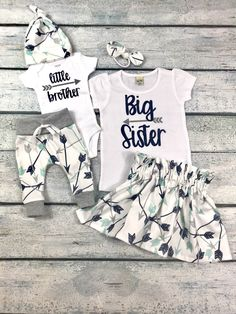 big sister little brother set/ big sister announcement/coming home outfit/baby boy – Pants Hanger İdeas Big Sister Outfits, Family Outfits, Kids Outfits, Twin Baby Clothes, Cool Baby Clothes, Sibling Shirts, Sister Shirts, Take Home Outfit, Coming Home Outfit