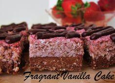Fragrant Vanilla Cake: Strawberry Coconut Macaroon Bars