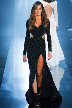 Top models brasileiras desfilam nas semanas de alta-costura de verão 2015, em Paris