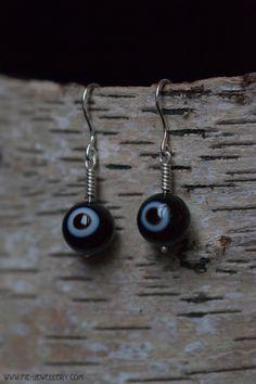 Zilveren oorbellen spiraal met agaat | Silver helix earrings with agate Handmade Jewellery, Stones, Drop Earrings, Jewelry, Spirals, Handmade Jewelry, Rocks, Jewlery, Jewerly