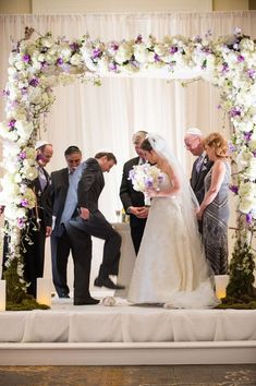 love the floral archway canopy design decorating this chuppah at a jewish wedding Wedding Ceremony Ideas, Wedding Chuppah, Jewish Wedding Traditions, Multicultural Wedding, Jewish Weddings, Flower Girl Wreaths, Wedding Rituals, Wedding Bridesmaid Dresses, Wedding Dress