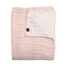 Create a relaxed, soft look in your bedroom with the Hannelin bed throw in romance. The soft pink front of the throw contrasts nicely with the white back. The linen is washed right after manufacturing for the soft crinkled look. Available in different sizes.