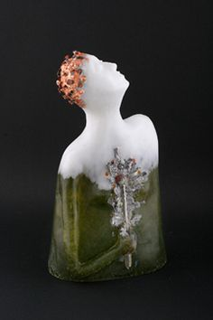 Jan Kransberger (I love the colors) Art Of Glass, Glass Artwork, Fused Glass Art, Glass Paperweights, Cool Artwork, Vases, Feminine Decor, Hand Sculpture, Cast Glass