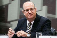 Presidente do BC diz que inflação vai convergir para meta de 4,5% em 2017 - http://po.st/vW703i  #Economia - #BC, #Inflação, #Mercados