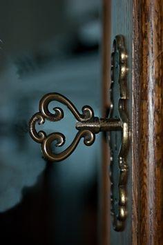 Turn me...  www.copperdustlondon.com
