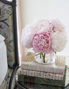 Flowers in the bedroom...lovely.