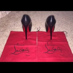 Christian Louboutin Shoes Beautiful black daffodile loubs. Only been worn one time! Unfortunately they were to small for my feet but hopefully somebody will enjoy them!  Please let me know if you have any questions!  Christian Louboutin Shoes Heels