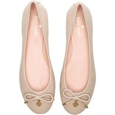 kate spade new york Willa Flat Shoes (190 NZD) ❤ liked on Polyvore featuring shoes, flats, sapatilhas, flat pumps, kate spade shoes, flat heel shoes, kate spade flats and bow flat shoes