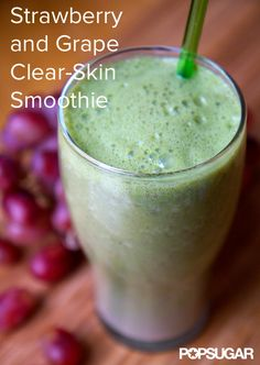 Sip Your Way to Clearer Skin With This Breakout-Fighting Smoothie INGREDIENTS 2 cups raw spinach avocado cup red grapes (fresh or frozen) cup frozen strawberries 1 tablespoon almond butter 1 teaspoon flaxmeal 1 cup water Protein Smoothies, Juice Smoothie, Smoothie Drinks, Weight Loss Smoothies, Smoothie Recipes, Avocado Smoothie, Strawberry Smoothie, Breakfast Smoothies, Detox Drinks