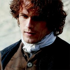 Outlander, Jamie & Claire, Sam Heughan, aggressive super shipper of Shrimpy Roland & Schleppy Mary. Outlander Gifs, Outlander Season 1, Outlander Tv Series, Sam Heughan Outlander, Outlander Quotes, Actrices Blondes, Tartan, Jaime Fraser, Jamie And Claire