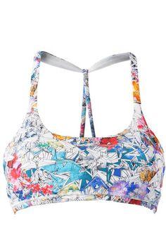 20 Sports Bras We'd Wear As Crop Tops  #refinery29  http://www.refinery29.com/sports-bras#slide-6  ...