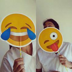 Alguien se copó con los #emojiprops