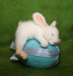 OOAK/ Needle Felted/ Miniature/ rabbit / hare/ bunny/ Easter/ handmade gift - Handmade Everything Felt Bunny, Easter Bunny, Easter Eggs, Needle Felted Animals, Felt Animals, Sleeping Fox, Miniature Rabbits, Felt Mouse, Art Textile