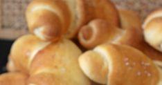 kovászos tejes kifli Hot Dogs, Potatoes, Vegetables, Ethnic Recipes, Food, Vegetable Recipes, Eten, Veggie Food, Potato