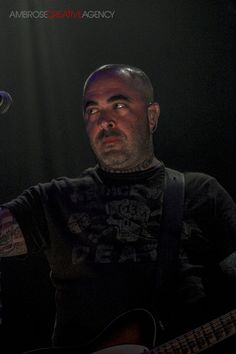 Aaron Lewis of Staind. Photograph by Ambrose Lerma Jr