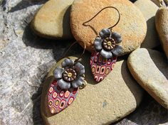 PIXELATED FLOWERS, POLYMER CLAY EARRINGS | GErMano Arts | madeit.com.au