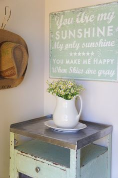 Pretty shabby chic & vintage spot going to paint on canvas for over couch in living room. Distress to look vintage. -- Could def DIY this Shabby Chic Kitchen, Shabby Chic Homes, Shabby Chic Decor, Look Vintage, Vintage Tins, Vintage Ideas, Vintage Dishes, You Are My Sunshine, Cottage Style