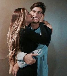 Couple posing and kissing cute couples, cute couple poses, couple posing, cute couple Tumblr Couple Pictures, Boy Best Friend Pictures, Cute Boyfriend Pictures, Kiss Pictures, Perfect Couple Pictures, Sweet Couple, Love Couple, Relationship Goals Pictures, Cute Relationships
