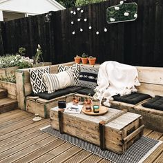 Provide Your House a Transformation with New House Design – Outdoor Patio Decor Outdoor Cushions, Outdoor Lounge, Outdoor Rooms, Outdoor Living, Outdoor Decor, Outdoor Patios, Outdoor Kitchens, Backyard Patio, Backyard Landscaping