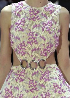 patternprints journal: PRINTS, PATTERNS AND TEXTILE SURFACES FROM HAUTE COUTURE CATWALKS (WOMENSWEAR S/S 2015) / Christian Dior