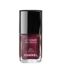 este tono esta exactamente igual en mercadona tono 72 y dura puesto ------Chanel