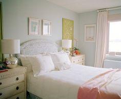 moderno dormitorio cuarto habitacion pintada de azul claro