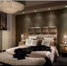 The Chic Technique: Black, brown and grey luxurious bedroom.