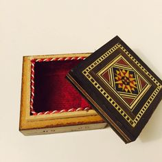 Unique Handmade Vintage Mother of Pearl Mosaic Inlaid Wood Jewelry Box Design E #Jewelkeepers