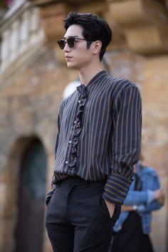 Seo Kang Joon - Are you human too? Drama ❤❤ Source by ilecarolinam Gong Seung Yeon, Seung Hwan, Seo Kang Jun, Seo Joon, Asian Actors, Korean Actors, Seo Kang Joon Wallpaper, Oppa Gangnam Style, Kdrama Actors