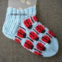 leppissukat ohje - the pattern of a ladybug socks Knitting Socks, Ladybug, Pattern, Knit Socks, Patterns, Model, Ladybugs, Swatch